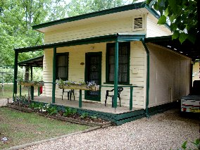 Pioneer Garden Cottages - Accommodation Perth