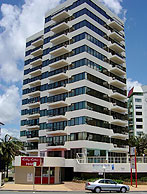 Beachfront Towers - Accommodation Perth