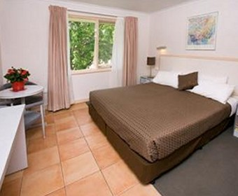 Forrest Hotel And Apartments - Accommodation Perth