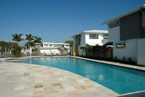 Coolum Villas - Accommodation Perth