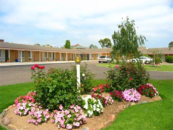 Bega Village Motor Inn - Accommodation Perth
