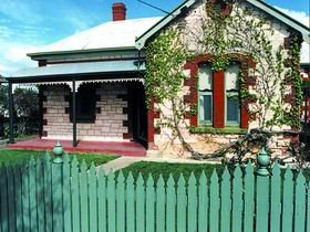 Naracoorte Cottages - Smith Street Villa - Accommodation Perth