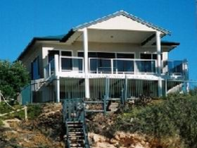 Top Deck Cliff House - Accommodation Perth
