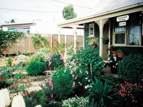 Schoolhouse Cottage - Accommodation Perth