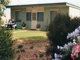 Oaklands Fishing Cottage - Accommodation Perth