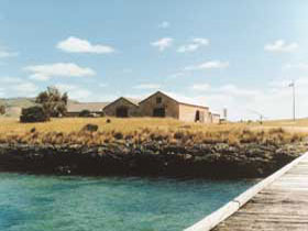 Mt Dutton Bay Woolshed Hostel - Accommodation Perth