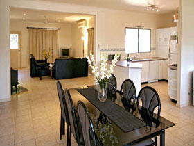 Riverwalk Retreat Karinga Park - Accommodation Perth