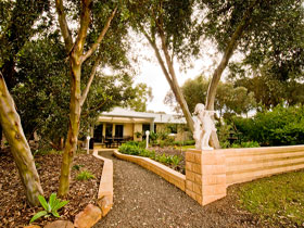 Correa Corner Bed  Breakfast - Accommodation Perth