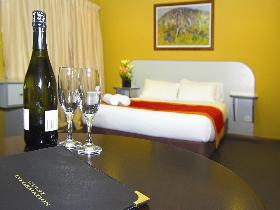 Victoria Hotel - Strathalbyn - Accommodation Perth