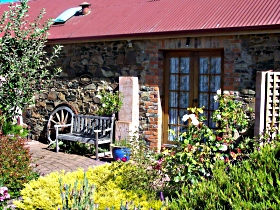 Evandale Stables Accommodation - Accommodation Perth