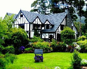 Fox and Hounds Inn - Accommodation Perth