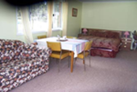 Quamby Pines Chalet B  B - Accommodation Perth