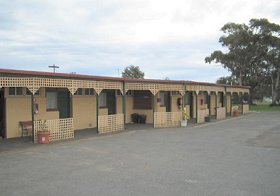 Central Court Motel - Accommodation Perth