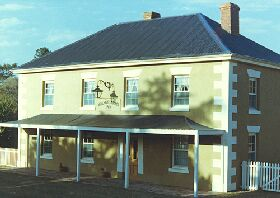 Wilmot Arms Inn - Accommodation Perth