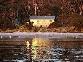 Harpers on the Beach - Accommodation Perth
