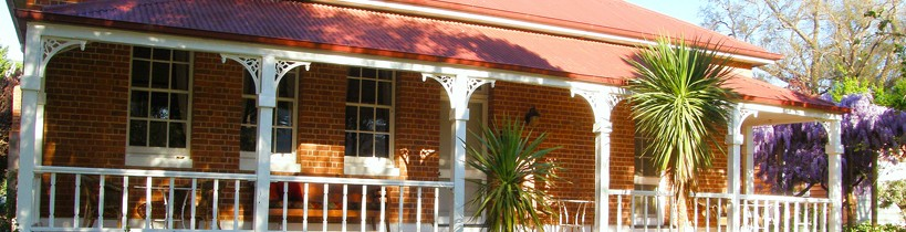 Araluen Old Courthouse Bed and Breakfast - Accommodation Perth