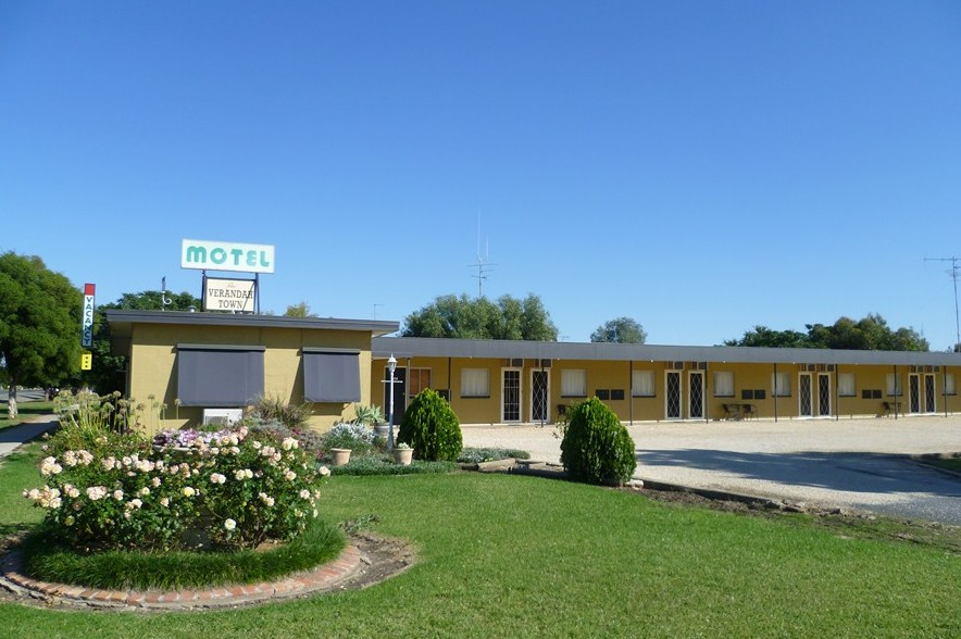 Lockhart Motel - Accommodation Perth