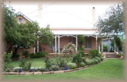 Guy House Bed and Breakfast - Accommodation Perth