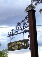 Hope Cottage Country Retreat At Assmanshausen Winery - Accommodation Perth