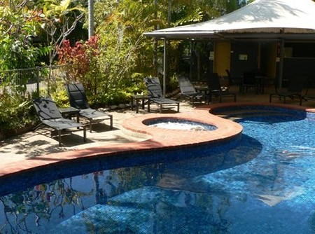 At The Mango Tree Holiday Apartments - Accommodation Perth