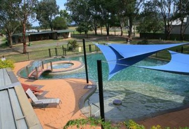 Valley Vineyard Tourist Park - Accommodation Perth
