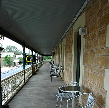 Hotel Mannum - Accommodation Perth