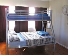 Surf N Sun Beachside Backpackers - Accommodation Perth