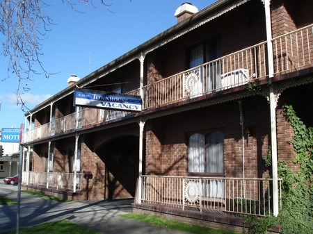 Albury Townhouse - Accommodation Perth