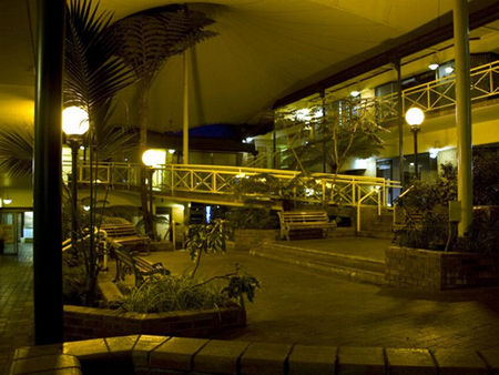 Mayfair Plaza Motel - Accommodation Perth