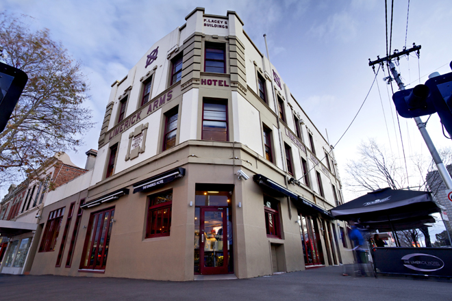 The Limerick Arms Hotel - Accommodation Perth