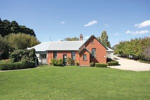 Woodend Old School House Bed and Breakfast - Accommodation Perth