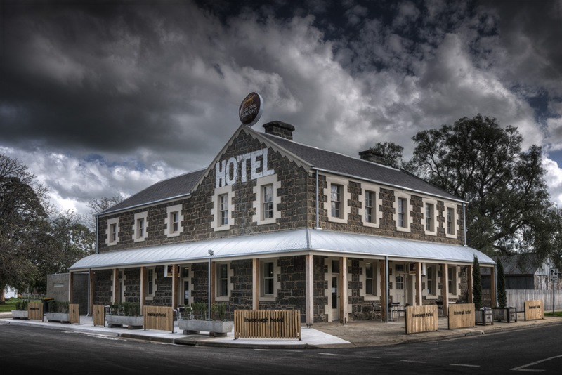 Inverleigh Hotel - Accommodation Perth