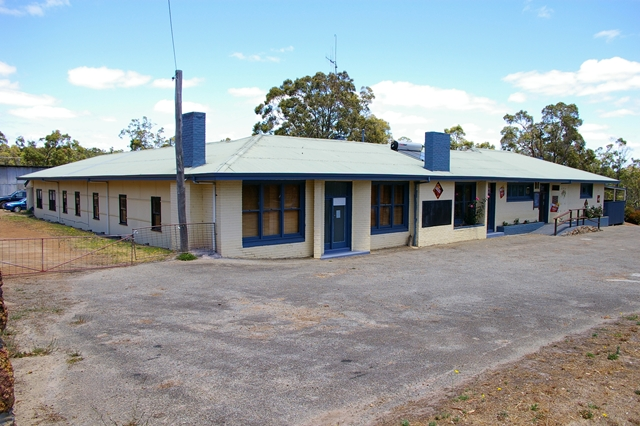 Rocky Gully Pub - Accommodation Perth