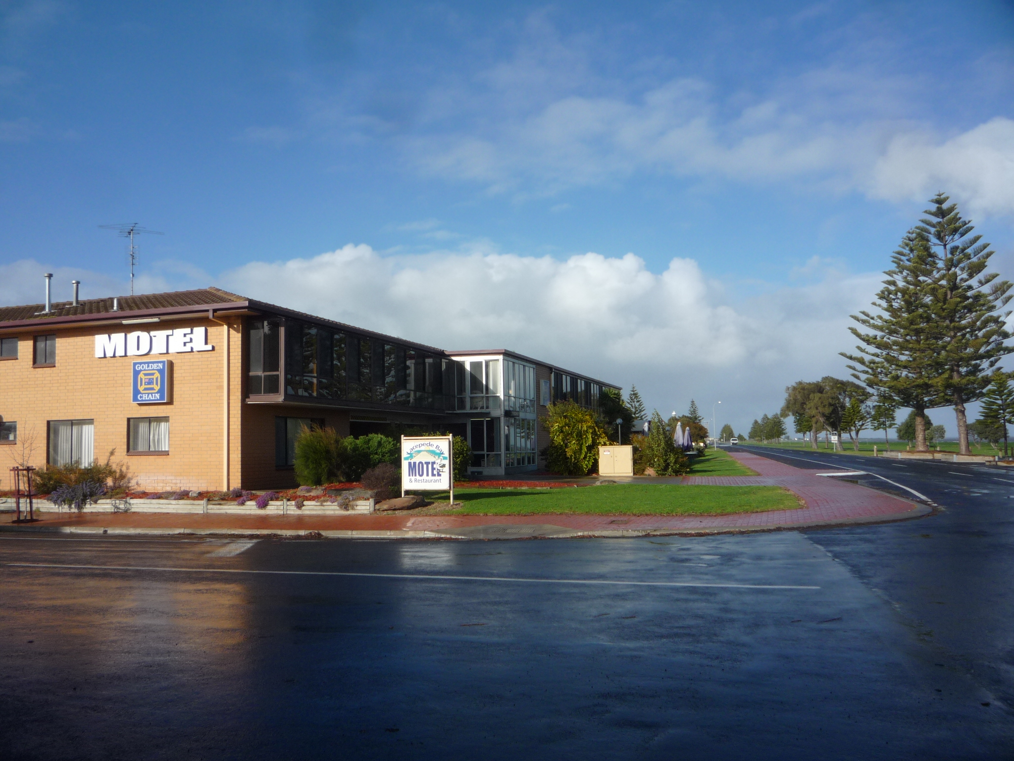 Lacepede Bay Motel And Restaurant - Accommodation Perth