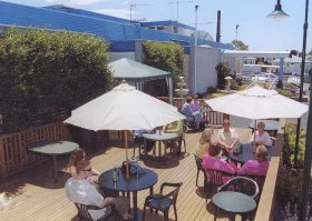 Top Of The Town Hotel - Accommodation Perth