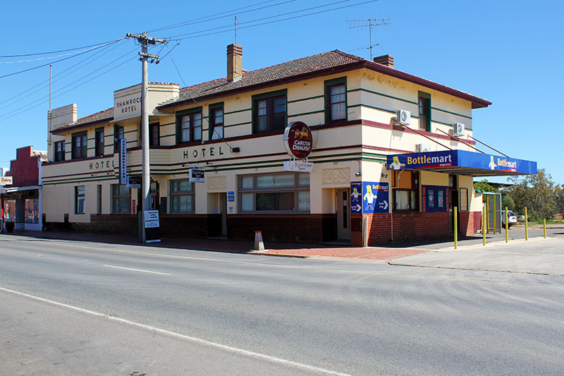 Bullocks Head Tavern - Accommodation Perth