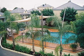 Bridges on Meninya Motel  Apartments - Accommodation Perth