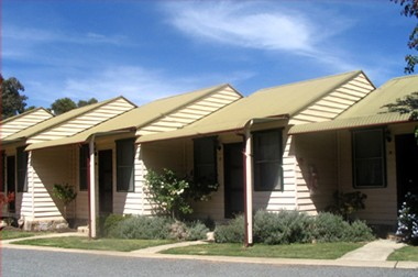 The Village Cabins - Accommodation Perth