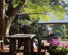 Pines On The Plateau Luxury Lodges - Accommodation Perth