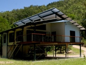 Creek Valley Rainforest Retreat - Accommodation Perth