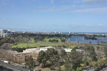 Apartments Melbourne Domain - South Melbourne - Accommodation Perth
