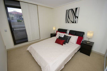 Balmain 704 Mar Furnished Apartment - Accommodation Perth