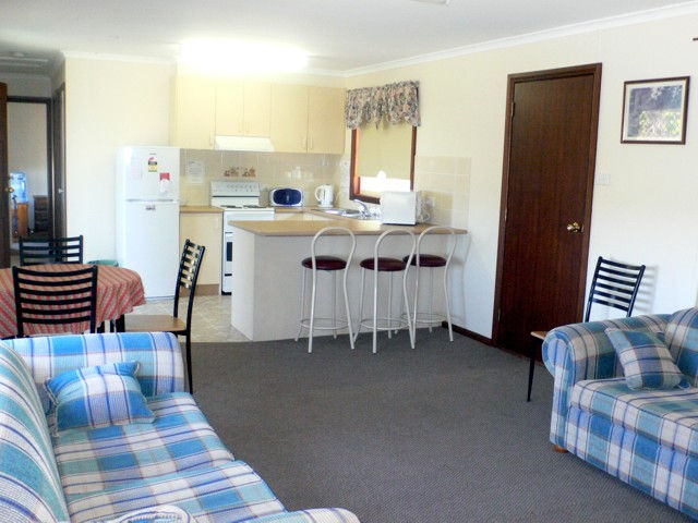 Back O' Bourke Accommodation - Accommodation Perth