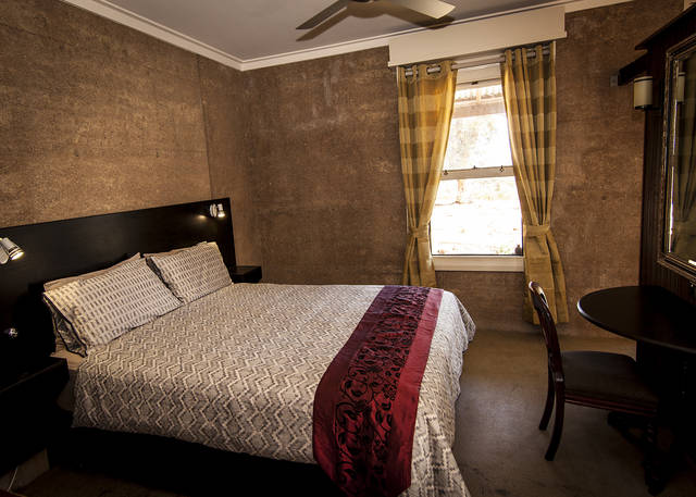 Hotham Ridge Winery  Cottages - Accommodation Perth
