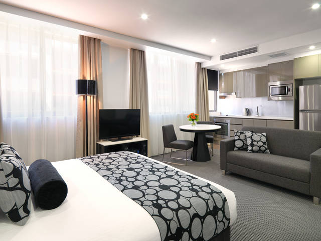 Meriton Serviced Apartments - North Ryde - Accommodation Perth