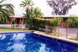 Overlander Hotel Motel - Accommodation Perth