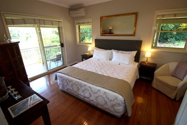 The Acreage B  B - Accommodation Perth