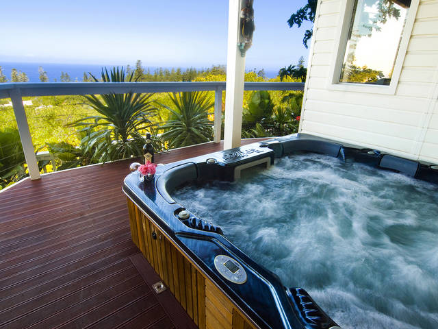 The White House Ocean View Spa Villa