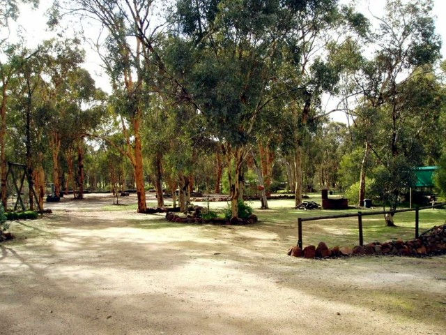 Toodyay Holiday Park  Chalets - Accommodation Perth