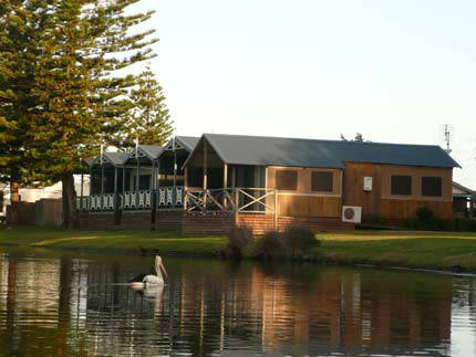 Two Shores Holiday Village - Accommodation Perth